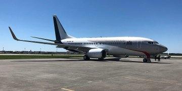 Regeringstoestel PH-GOV geland en bemand door KLM