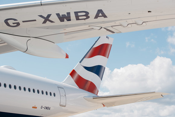 British Airways' eerste A350 geland op Londen Heathrow