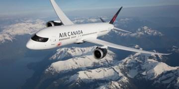 Boeing 787-9 Dreamliner van Air Canada boven de Rocky Mountains (Bron: Air Canada)