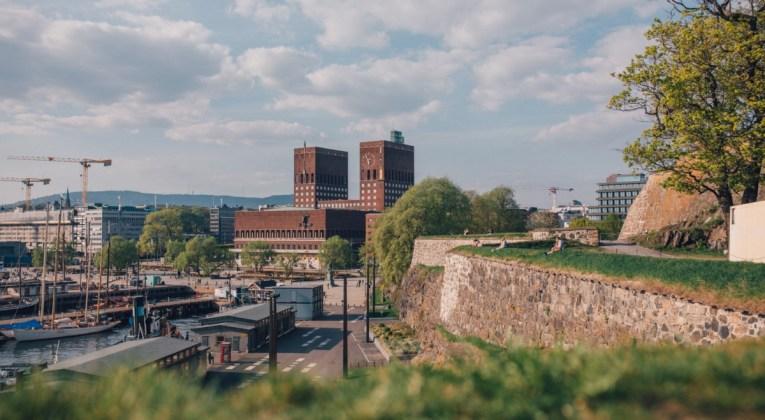 Uitzicht op de stad Oslo in Noorwegen (Bron: Unsplash / Eirik Skarstein)