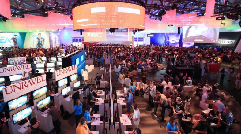 EA Stand auf der Gamescom 2015