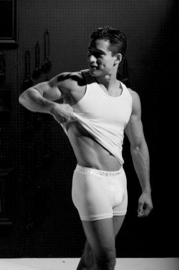 mario-lopez-ratedm-underwear-02