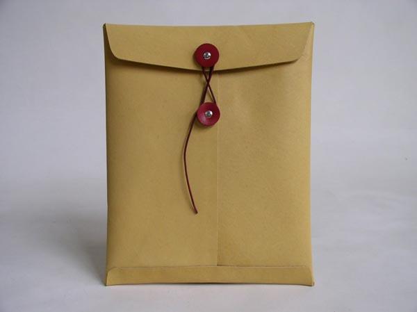 manila_envelope_styled_ipad_leather_case