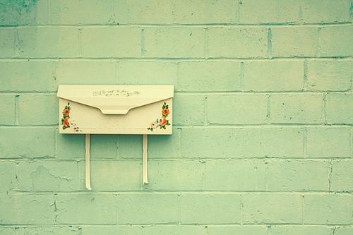 vintage-mailbox-mail-letters-words-Favim.com-473905_large