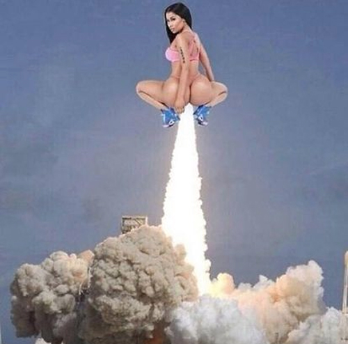 Nicki-Minaj-rocket-launch-meme