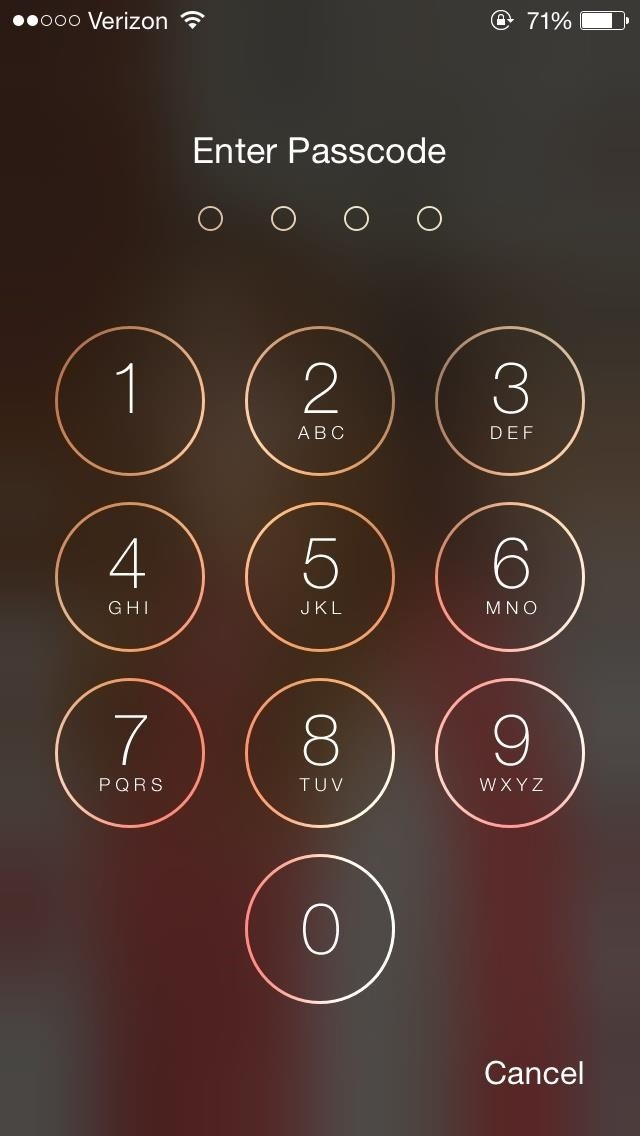 siri-exploited-bypass-iphones-lock-screen-browse-contacts-make-calls-send-emails-texts-ios-7-1-1.w654