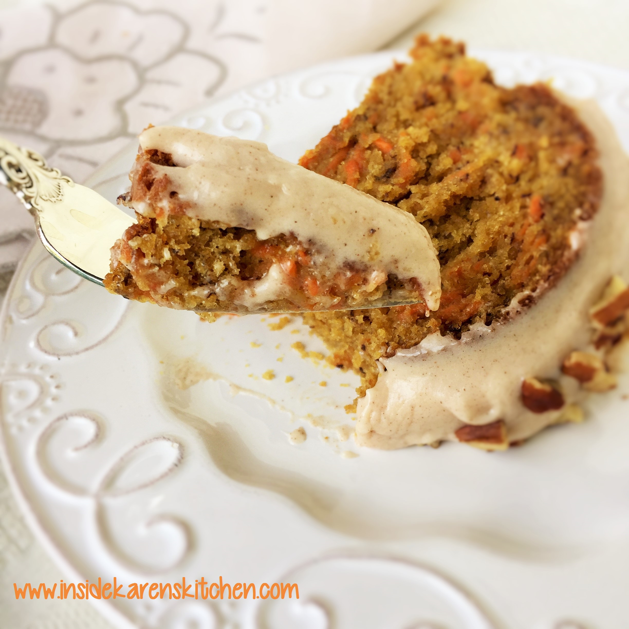 Carrot Banana Cake with Cinnamon Cream Cheese Frosting   Inside     Carrot Banana Cake with Cinnamon Cream Cheese Frosting 3