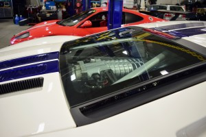 The previous generation 2004-2006 Ford GT was powered by a more traditional supercharged V8 engine.