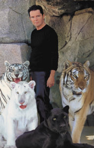 Inside Magic Image of Dirk Arthur and His Big Cats