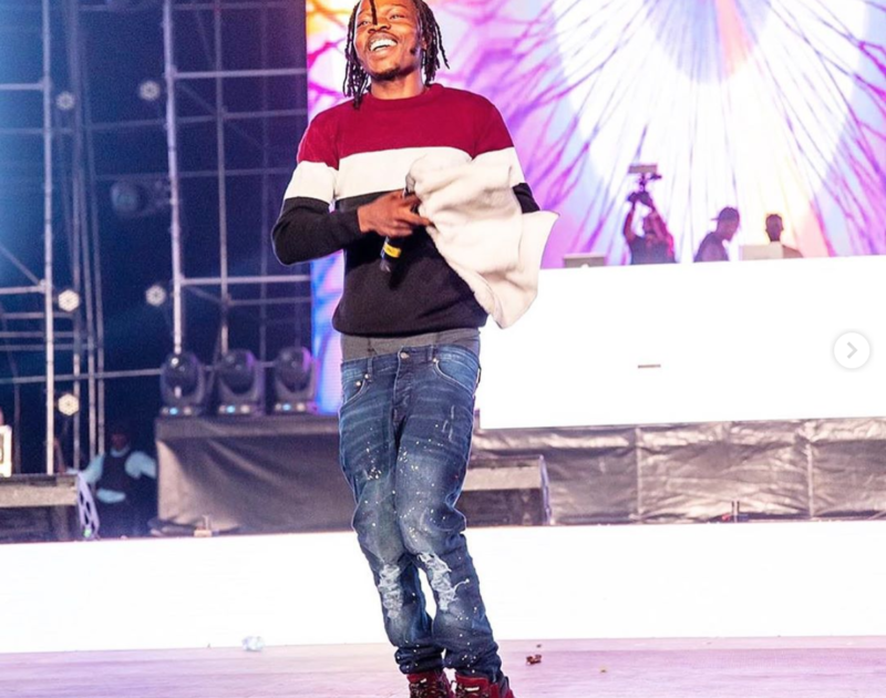 naira marley in concert
