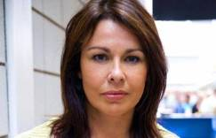 julie graham11