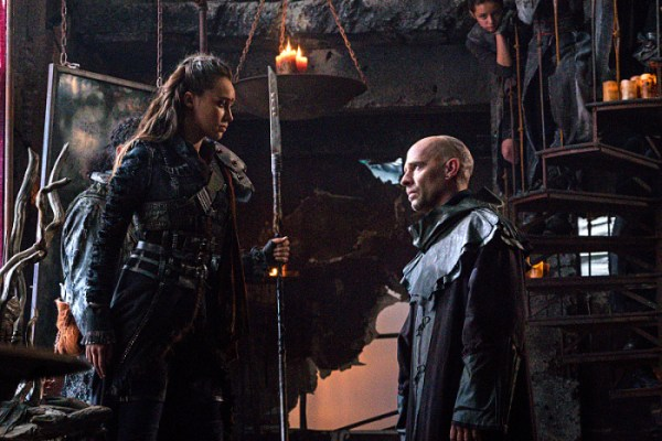 "The 100 -- ""Thirteen"" -- Image HU307a_0126 -- Pictured (L-R): Alycia Debnam-Carey as Lexa and Neil Sandilands as Titus -- Credit: Liane Hentscher/The CW -- © 2016 The CW Network, LLC. All Rights Reserved"