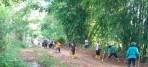 Bantu Warga, Babinsa Koramil 1628-01/Taliwang Bersama Masyarakat Gelar Gotong Royong