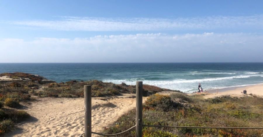Praia del Rey beach