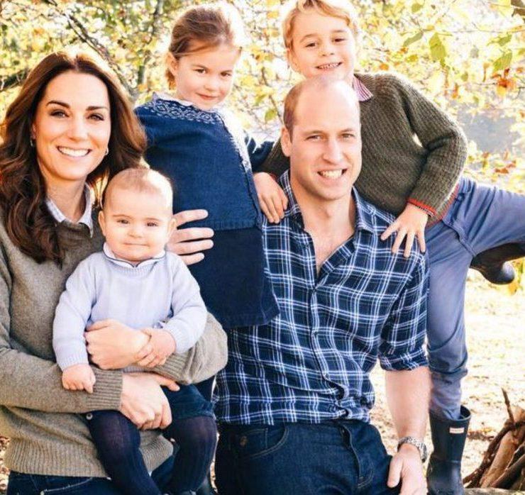 Счастливый и улыбающийся: новый официальный портрет именинника принца Уильяма