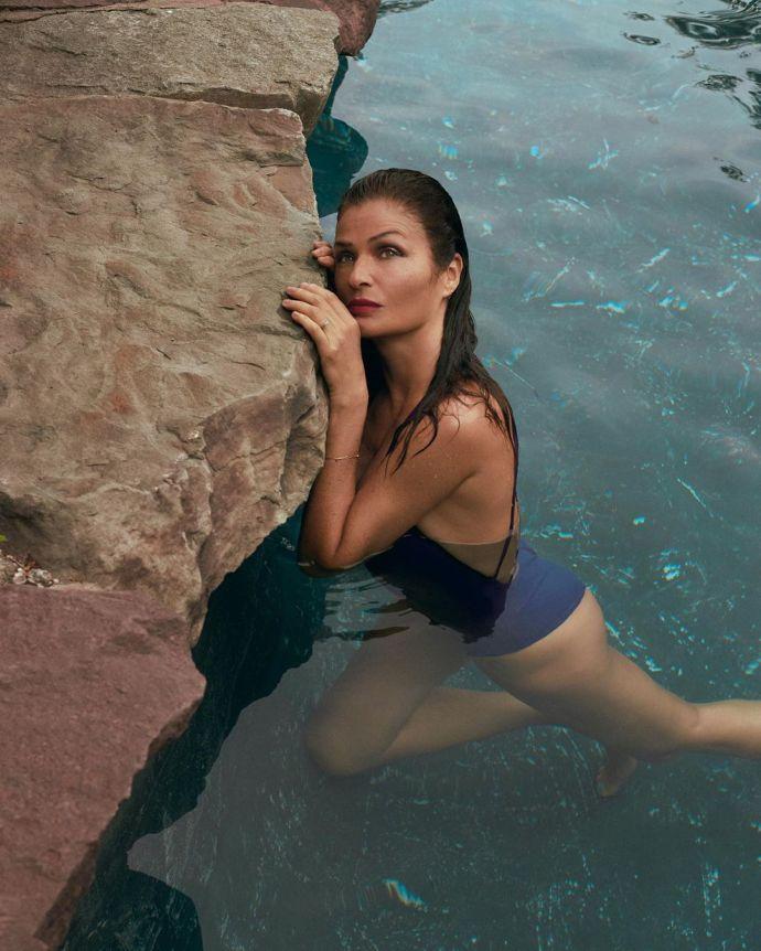 В ідеальній формі: відверта фотосесія 51-річної Гелени Крістенсен