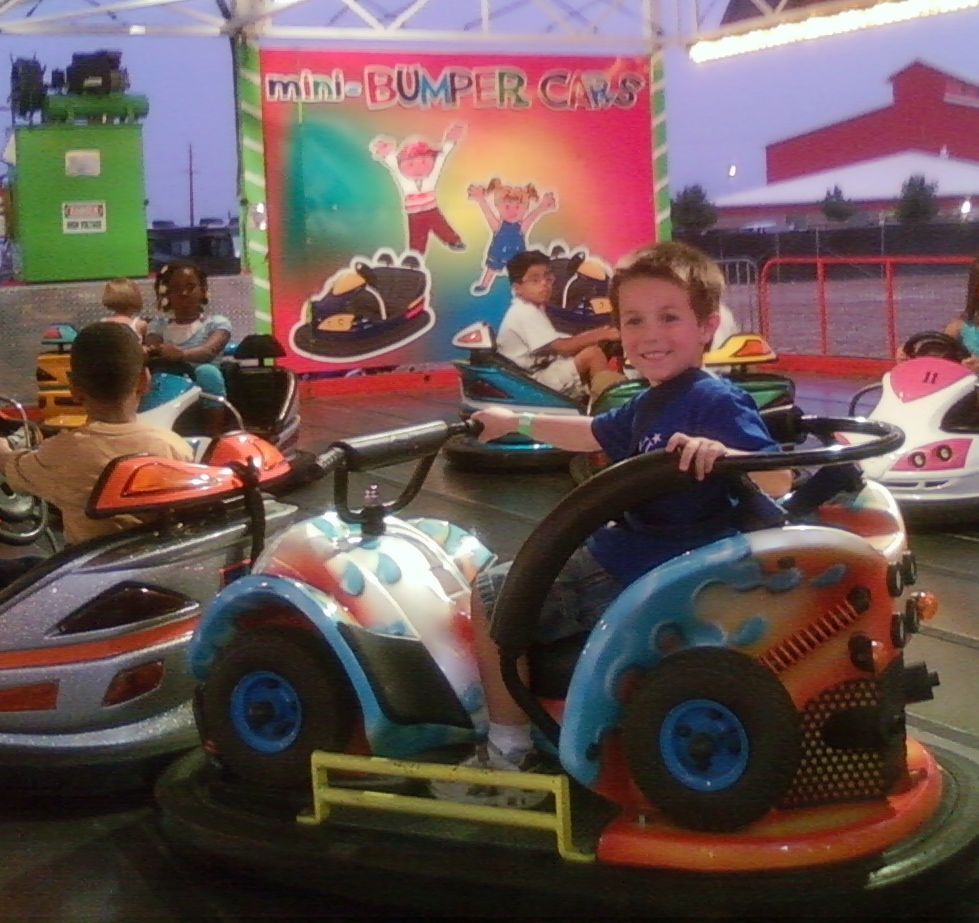 B's solo ride on the bumpercars