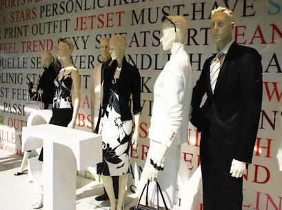window, mannequins, fashion