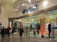 Garry Hounsell steps down from Myer board before AGM