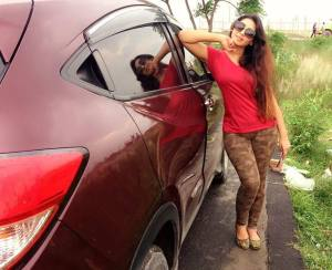 Actress prova car pic
