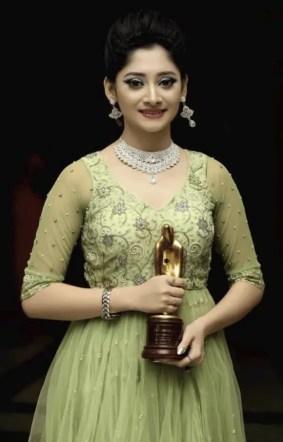 Puja Cherry award win photo