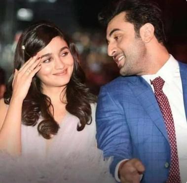 Ranbir Kapoor with Alia bhatt romantic Photo