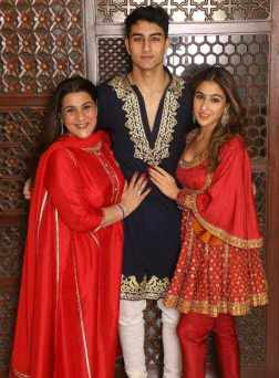Sara Ali Khan with her Mother & Brother