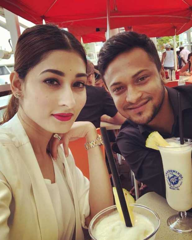 Model Umme Ahmed Shishir with her husband at restaurent