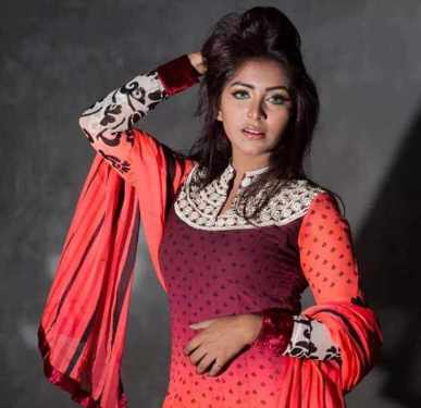 Prosun Azad with Red color Dress Photo