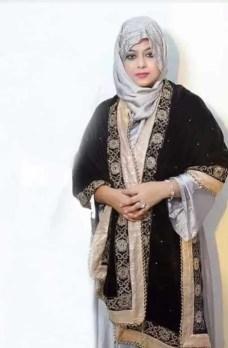 Shabnur with Hijab Photo