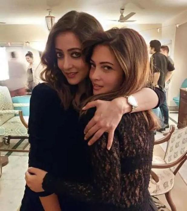 Raima Sen With her Sister