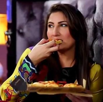 Saima Noor with foods