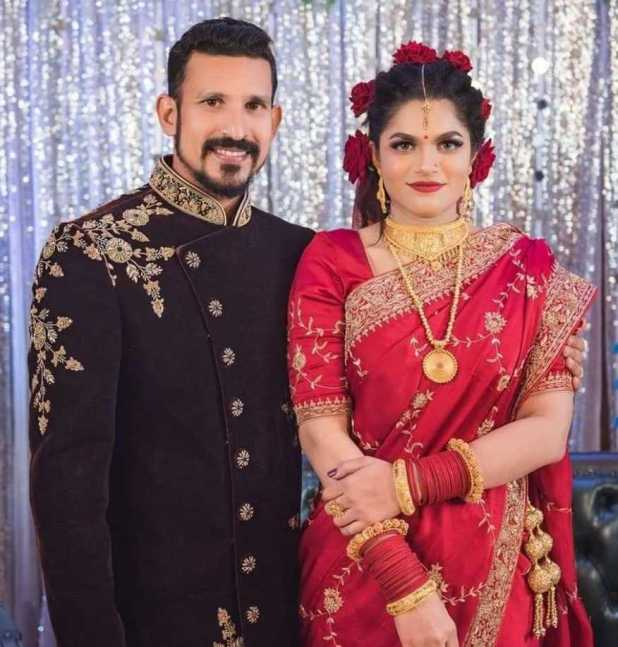 Cricketer Nasir Hossain and Tamima Sultana Tammi wedding photo