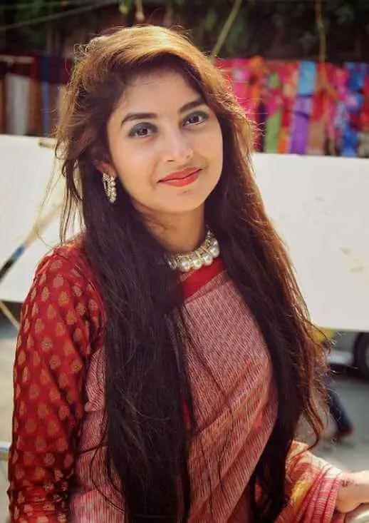 Nusrat Jahan Ontora HD Saree Pic