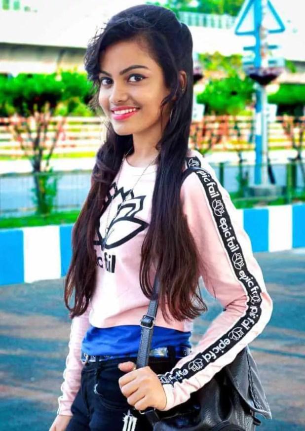 Beauty Khan HD Photo