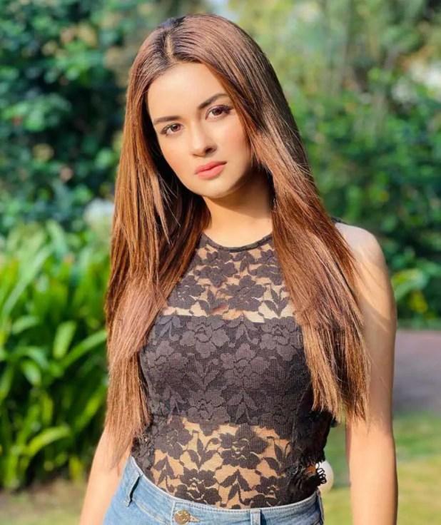 Avneet Kaur Black Dress Photo