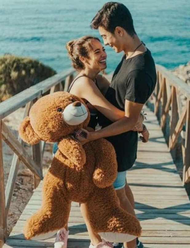 Naim Darrechi with his Girlfriend Aida Martorell Photo