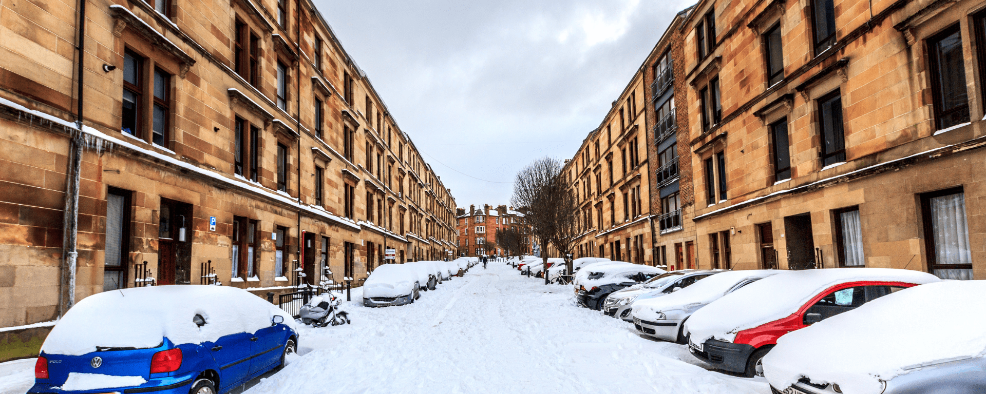Street in Glasgow covered in snow