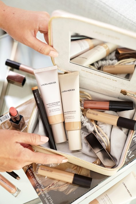 What's In Your Makeup Bag Laura Mercier