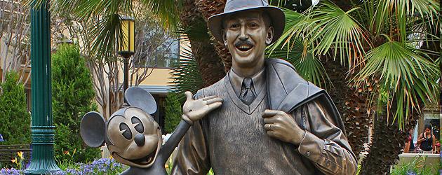 Storytellers Statue Honors Walt Disney S California Beginnings A