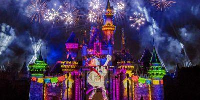 Together Forever - A Pixar Nighttime Spectacular at Disneyland