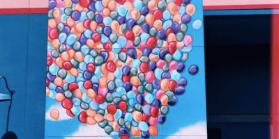 Up balloon wall