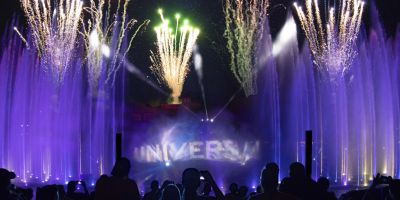 universal orlando holiday