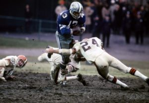 Cowboys Blog - Cliff Harris Crashes His Way Through #43 2
