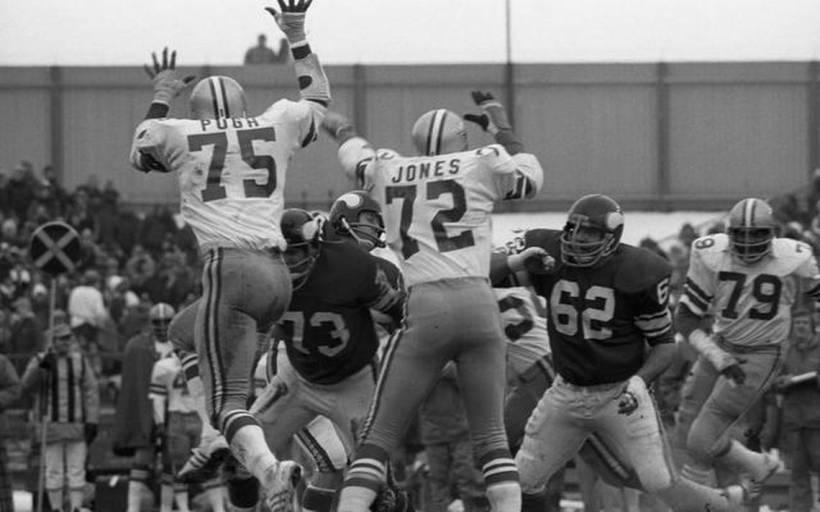 Cowboys Blog - Too Tall Is Too Good, #72 Belongs To Ed Jones 2