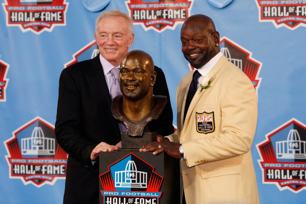 Cowboys Headlines - Jerry Jones Named Finalist As Contributor For Pro Football Hall Of Fame