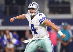 3 Reasons Why QB Dak Prescott Will Thrive In 2017