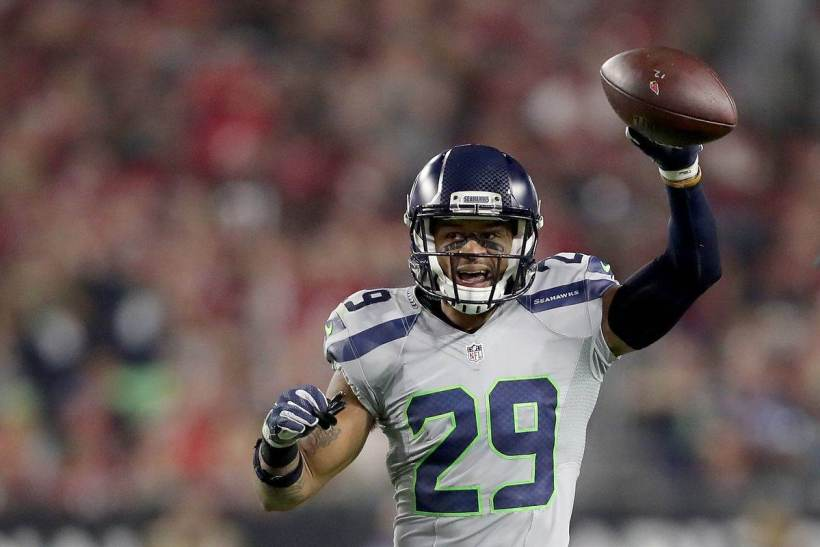 What's Left for Cowboys to Offer in Deal for Earl Thomas?