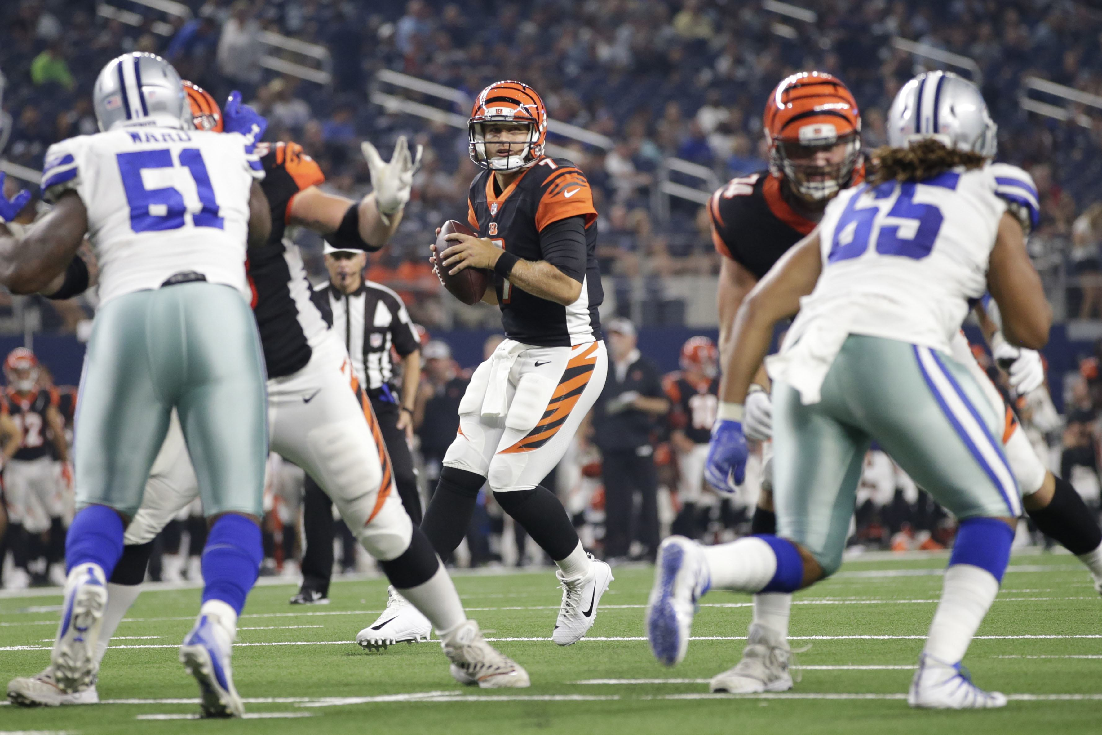Sean-martin_dallas-cowboys_seans-scout-starting-front-7-sets-tone-early-cowboys-depth-falters-in-loss-to-bengals