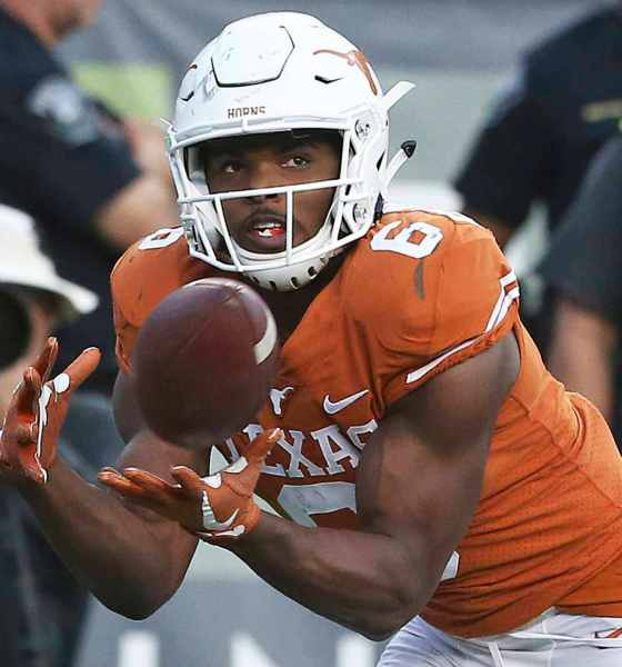 Red River Rivalry Brings WR Devin Duvernay to Dallas, Hopefully to Stay 1